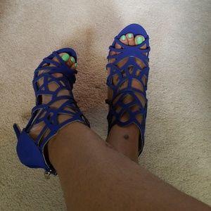 BNIB Caged Sandal